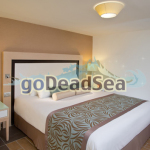 20_herods-dead-sea-suite-room